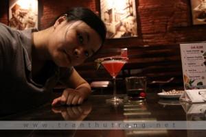 Ảnh hậu trường của buổi chụp ảnh bìa cuốn Cocktail cho tình yêu 2009